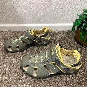Teva Deacon Sandals Closed Toe Sports Water Hiking